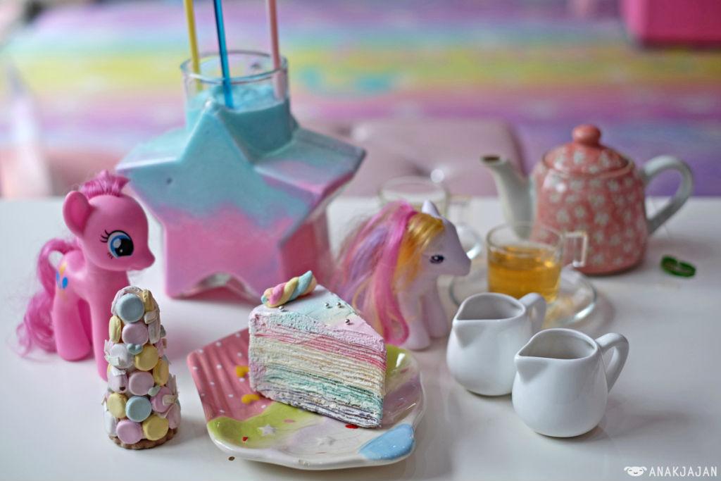 unicorn-cafe-bangkok-8