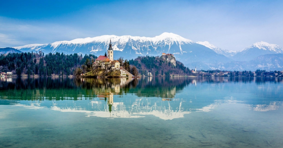 Lake-Bled-Photo-by-Cory-Schadt-980x513.jpg