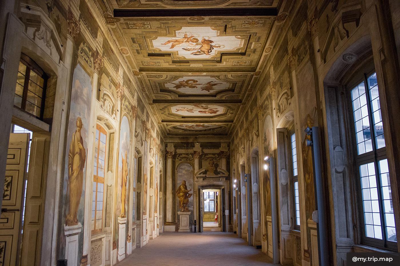palazzo-arese-borrome-visitare-4