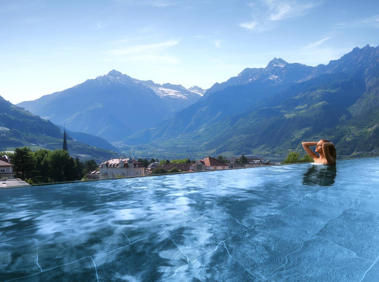 SKY-SPA-Hotel-Terme-Merano-Pool