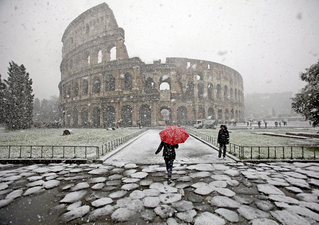 Roma con la neve e quando piove